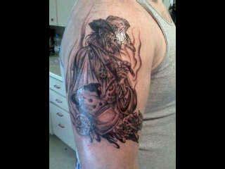 randy adams tattoos skulls cowboys and skull tattoos on