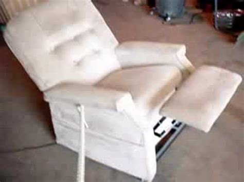electric recliner chair stuck open green la z boy lift chair recliner with heat and doovi