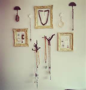 trendy room with fair interior design idea of easy wall