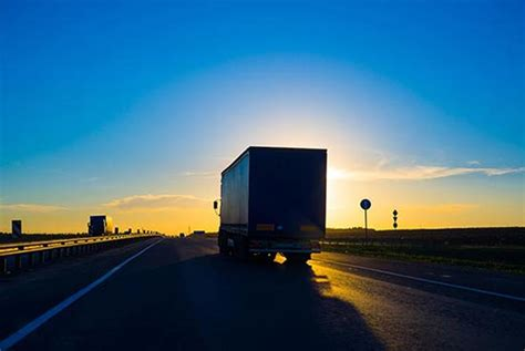 next day delivery air freight shipping overnight trucking service