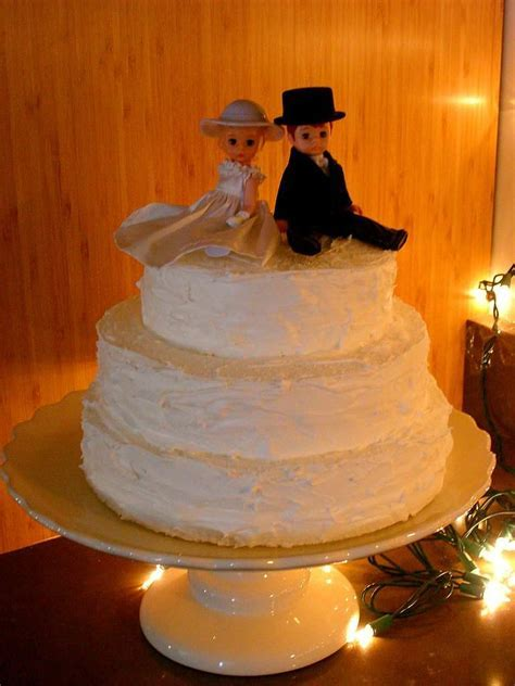 Perfect DIY Wedding Cake Ideas, Tips, Stand