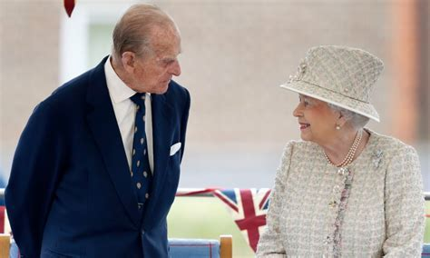 Latest stories, photos and videos about Queen Elizabeth