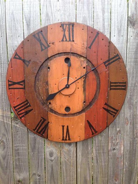 best 20 wooden clock ideas on pinterest wood clocks 13 best images about pallet spool clocks on pinterest