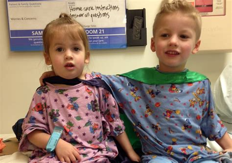 8 Siblings In by Sibling Surgery