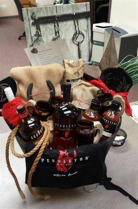 Pendleton Whiskey Basket Own Creations  Ee  Pinterest Ee