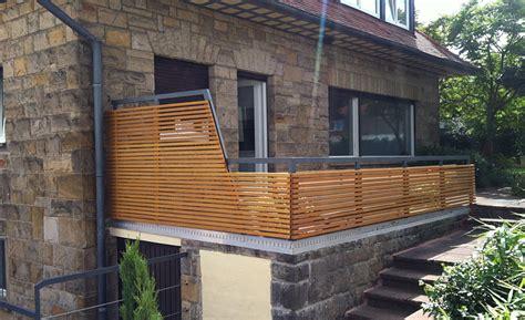 pflanze als sichtschutz 2437 noch ein gel 228 nder mit holz dachterrasse balkon