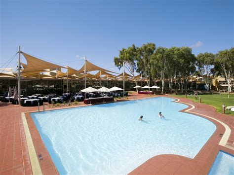Voyages Sails In The Desert Hotel Accommodation Voyages Desert Gardens Hotel Ayers Rock