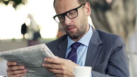 Jangan Malas Membaca! Pentingnya Membaca Berita Forex