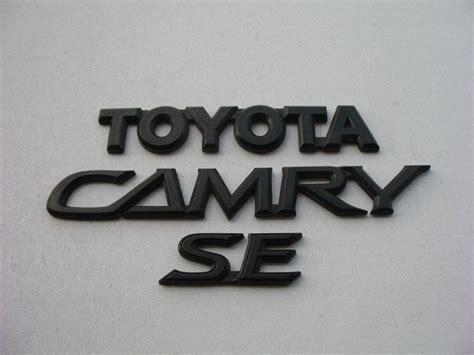 toyota camry logo 02 03 04 05 06 toyota camry se rear gate trunk lid black
