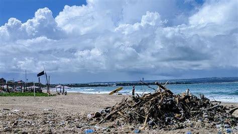 bali   turn  tide  indonesias plastic waste