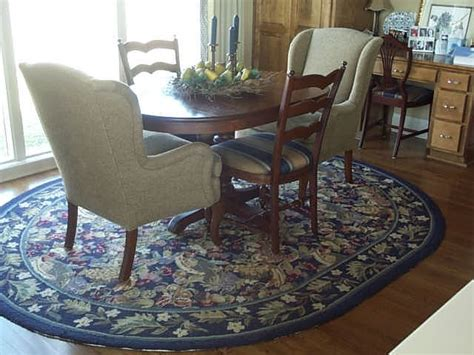 Dining Room Area Rugs by Custom Area Rug Traditional Dining Room