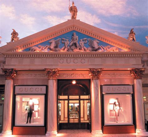 caesars forum shops pictures to pin on pinterest tattooskid