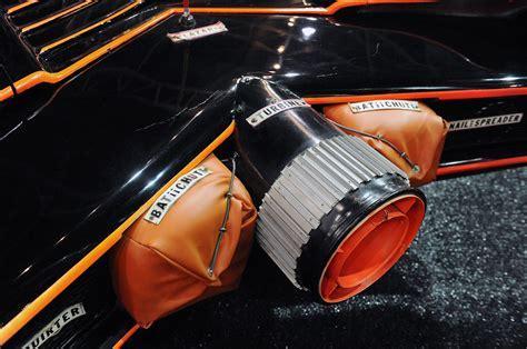 lamborghini hummer batmobile foto divers batmobile lincoln futura batmobile veiling