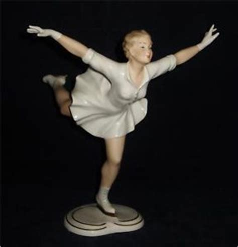wallendorf porcelain figurine ice skater 1384 9 quot tall