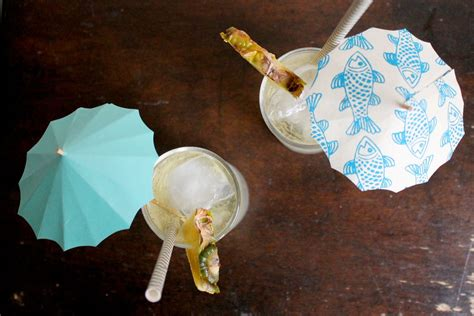 diy umbrella how to make diy drink umbrellas craft projects
