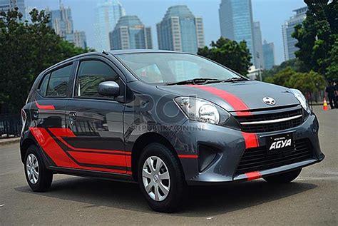 Jual Karpet Mobil Camry modifikasi interior mobil agya gambar v