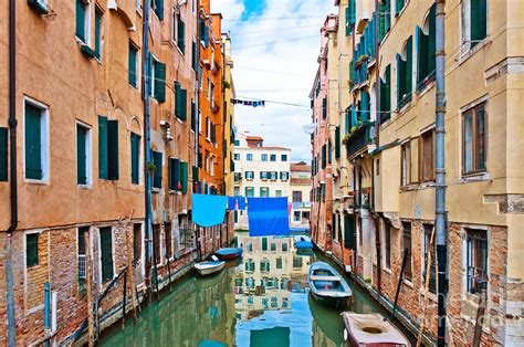 houses in venice italy canal boats and houses in venice italy by eddy galeotti
