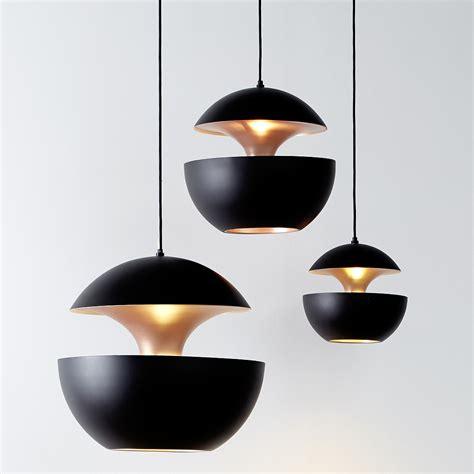 pendelleuchte im sixties design    sun schwarz