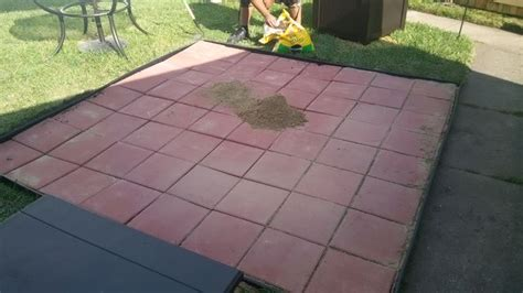 how to install paver patio 4 easy ways to install patio pavers with pictures