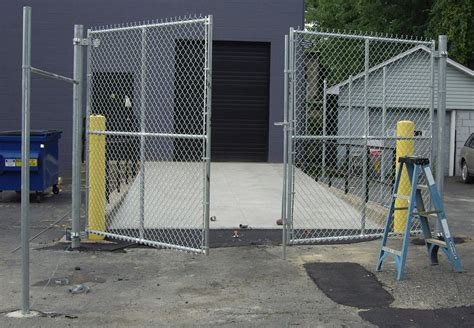 chain link swing gate industrial chain link swing gates double drive page 26