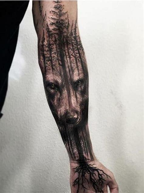 wolf tree tattoo wolf 60 inspirierende ideen f 252 r m 228 nner und frauen
