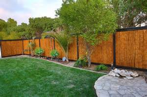 Small Backyards Designs Show Off Your Personality With Fence Styles