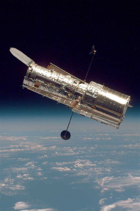 live space hubble space telescope on livestream