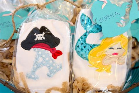 Mermaid And Pirate Decorations by Pin By Nad Carial On Mermaids Ideas