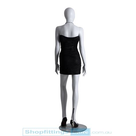 Or Mannequin by Abstract Mannequin