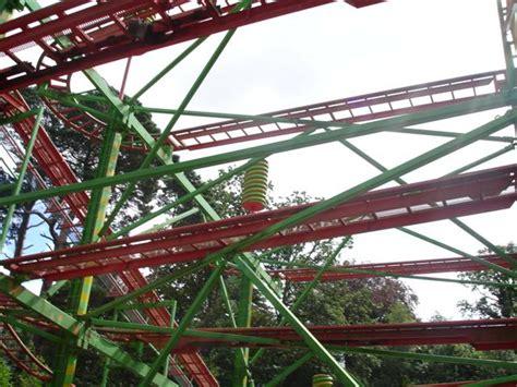 theme park birmingham west midlands safari park twister ride