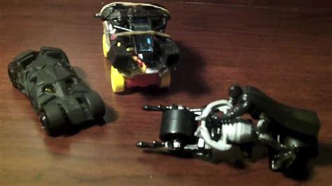 Hotwheels 150 The The Bat the tumbler batmobile vs the bat vs the batpod race