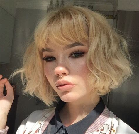 chunky bangs short hairstyle 22 best worlds longest nails images on pinterest