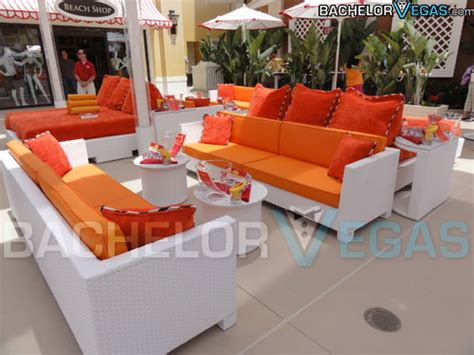 encore beach club couch encore beach club pool party cabana rental bachelor vegas