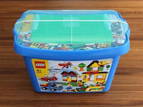 lego box deluxe brick box quest for bricks