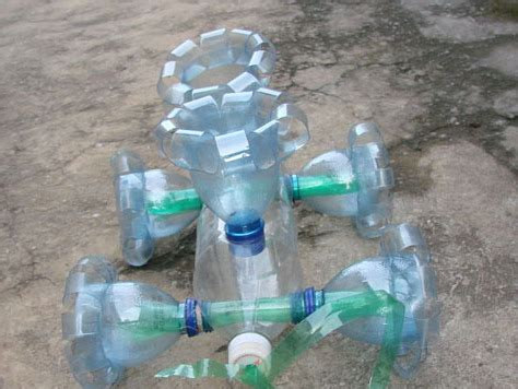 como hacer un auto con una botella plastica 191 como hacer un carro con botella de plastico taringa