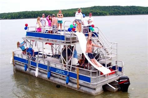 monroe boat rental davis says a dewitt marine staffer will explain how to