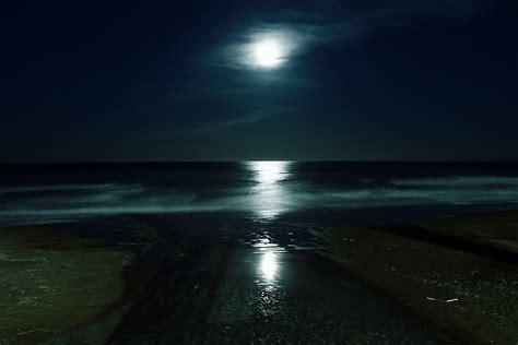 la noche de la file noche en la playa de mar de aj 243 jpg wikimedia commons