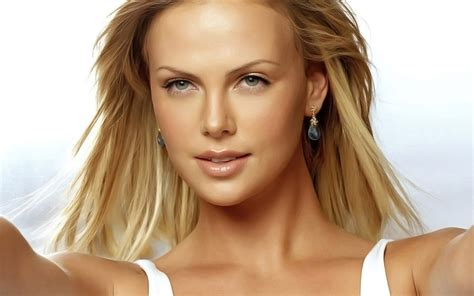 Tharon Anderson by Russian Women And Girls Wallpapers Hd Size Big Photos Of