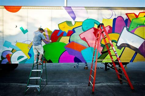 graffiti web graffiti coast to coast on a fleet of trailers
