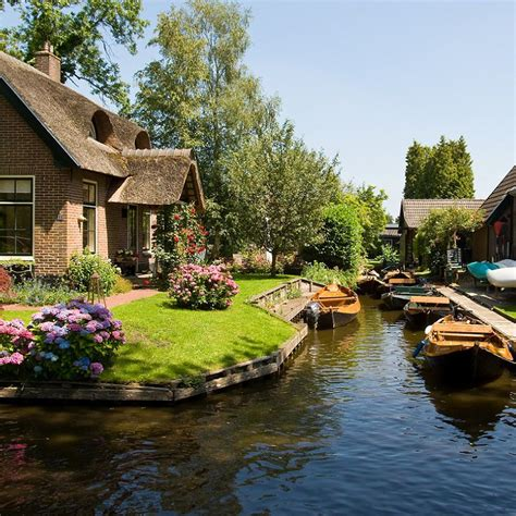 boat tour giethoorn experience the amazing giethoorn tour the unique holland