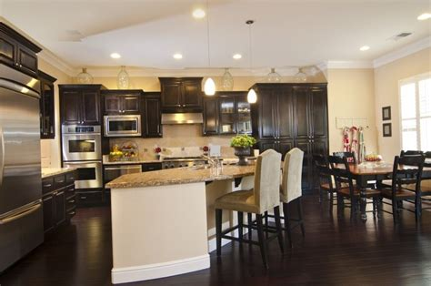 What Color Kitchen Cabinets With Dark Wood Floors 34 Kitchens With Dark Wood Floors Pictures