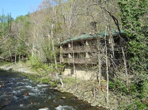 river house gatlinburg tn riverhouse motor lodge picture of riverhouse motor lodge gatlinburg tripadvisor
