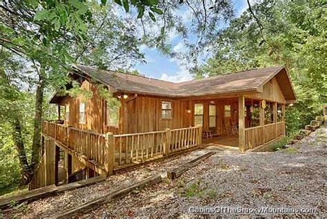 10 bedroom cabins in gatlinburg tn 10 bedroom cabin gatlinburg tn large 8 12 br cabins in