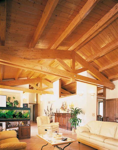 con tetto in legno tetto in legno casa perugia costantini sistema legno