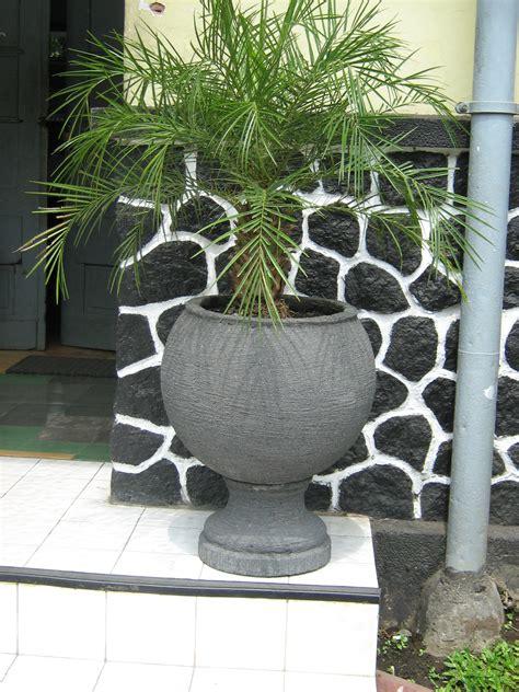 Pot Bunga 17cm Pot Tanaman Hias Grosir Murah Hijau Plastik 17 Cm pot ukuran sedang jual pot jual pot tanaman jual pot tanaman murah jual pot tanaman