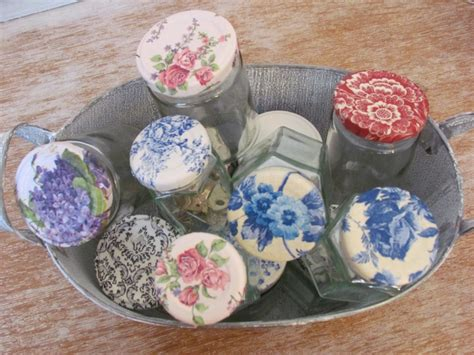 Decoupage Techniques Ideas - lids with napkin decoupage technique flower shop gifts