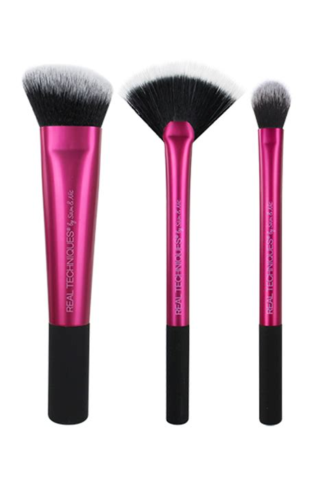 real techniques fan brush 20 cheap makeup brushes under 20 society19