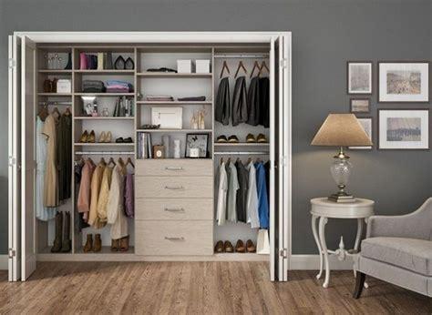begehbarer kleiderschrank selber bauen im schlafzimmer schlafzimmer einrichten begehbar kleiderschrank regale
