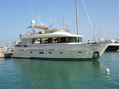 displacement boats for sale 2006 vatasa displacement power boat for sale www