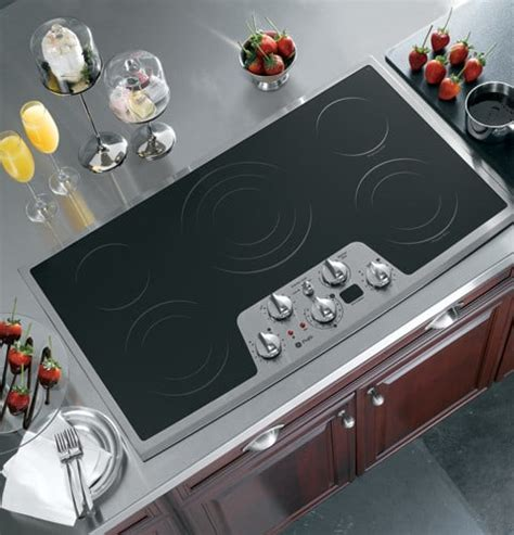 GE PP972SMSS 36 Inch Smoothtop Electric Cooktop with 5